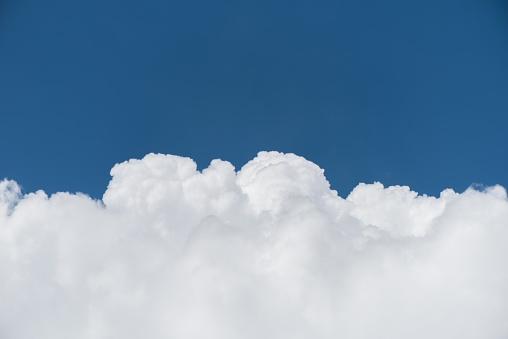Białe niebo